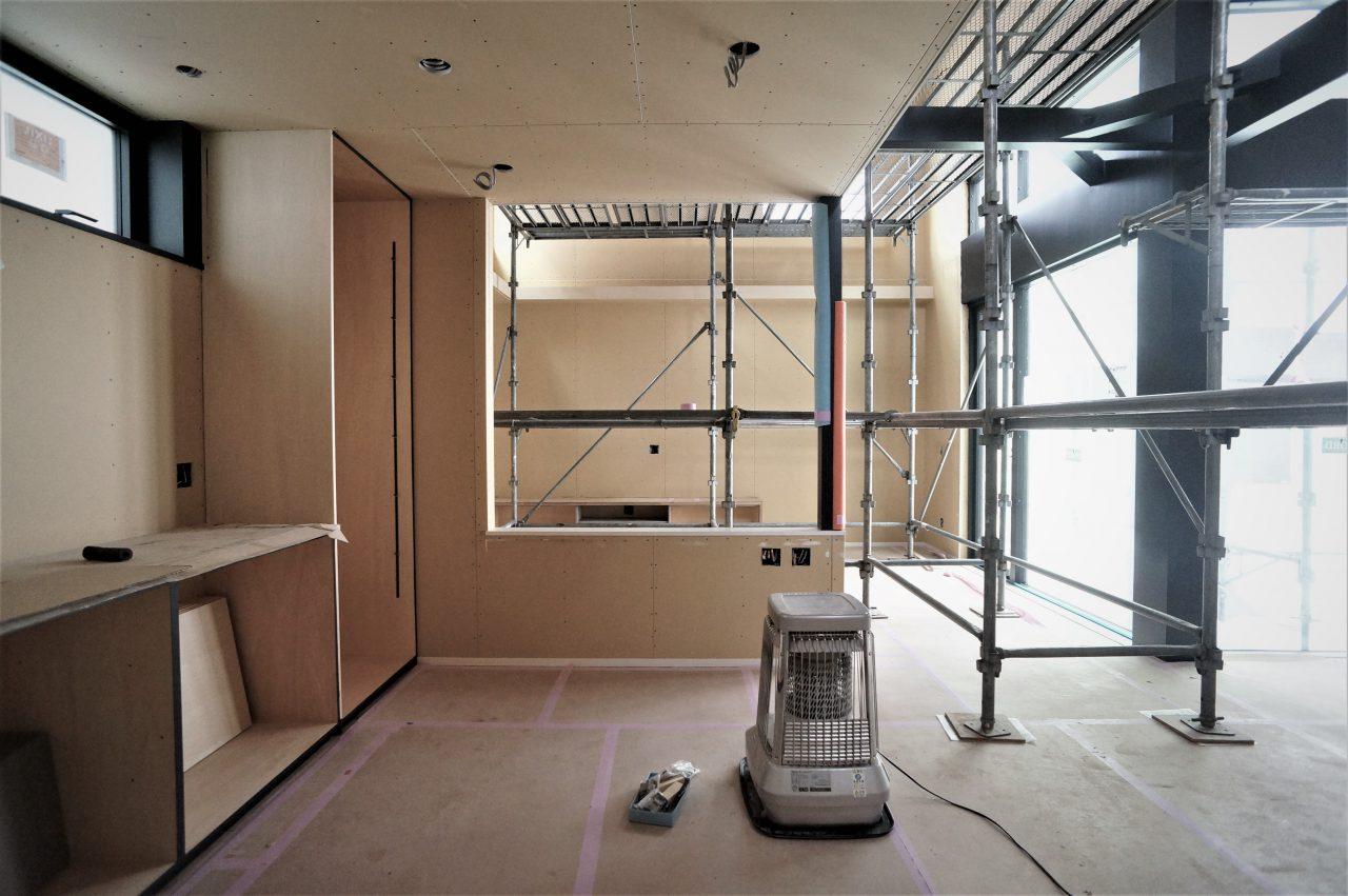 平屋の家の内装工事終盤